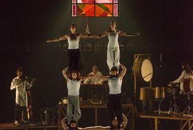 Cirque Alfons - 'Tabarnac', photo: Alexandre Galliez / Letní Letná