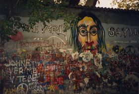 Lennon Wall in 1993, photo: Infrogmation, CC BY-SA 2.0