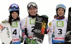 Las medallistas mundiales de 2015: Julia Dujmovits, Ester Ledecká y Marion Kreiner (de izquierda). Foto: ČTK.