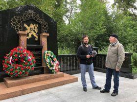 Иван Студеный и историк Александр Кручинин, фото: Алексей Максимов