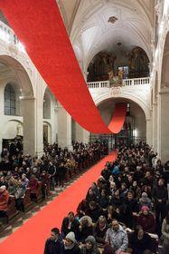 Инсталляция «Бесплатный вход» в церкви Св. Сальвадора, Фото: Петр Нойберт, Чешское радио - Радио Прага
