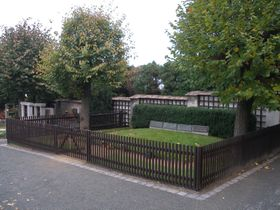 Hroby rodiny Masarykovy vLánech, foto: Jan Polák, CC BY-SA 3.0