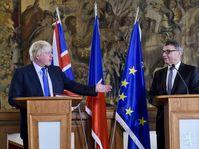 Boris Johnson y Lubomír Zaorálek, foto: ČTK