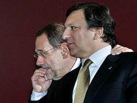 Vysoký představitel Evropské unie pro zahraniční abezpečnostní politiku Javier Solana (vlevo) apředseda Evropské komise José Manuel Barroso, foto: ČTK