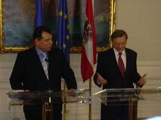 Der tschechische Premierminister Jirí Paroubek mit seinem Amtskollegen Wolfgang Schüssel (Foto: Autor)