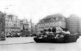 Einmarsch der Truppen des Warschauer Paktes (Foto: ALDOR46, Wikimedia Commons, CC BY-SA 3.0)