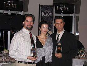 De iquierda: Alberto Navarro, Elen Černá-Valentová y Jesús Hernández