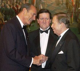 Jacques Chirac, George Robertson y Vaclav Havel, foto: CTK