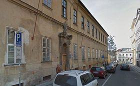 Budova psychiatrie v Kateřinské ulici, kde Janský zkoumal vzorky krve, foto: Google Street View