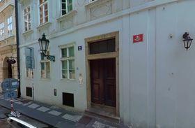 Sudetendeutsches Büro in Prag (Foto: Google Street View)