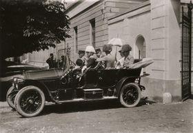 Le départ de la caserne à Sarajevo, photo: Collection Scheufler