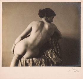 Alois Zych: El dibujo de modelo vivo, Archivo del Museo de Artes Aplicadas y de la Galería Josef Sudek