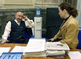 Místopředseda vlády Petr Mareš aministryně školství Petra Buzková před schůzí vlády 7. ledna vPraze, foto: ČTK
