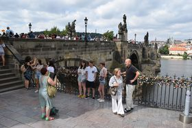 Karlsbrücke (Foto: Ondřej Tomšů)