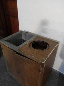 Una lavadora con centrífuga de los aňos 50, foto: Dominika Bernáthová