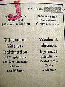 Удостоверение личности с пометкой J – Jude, еврей, Фото: архив Барборы Немцовой
