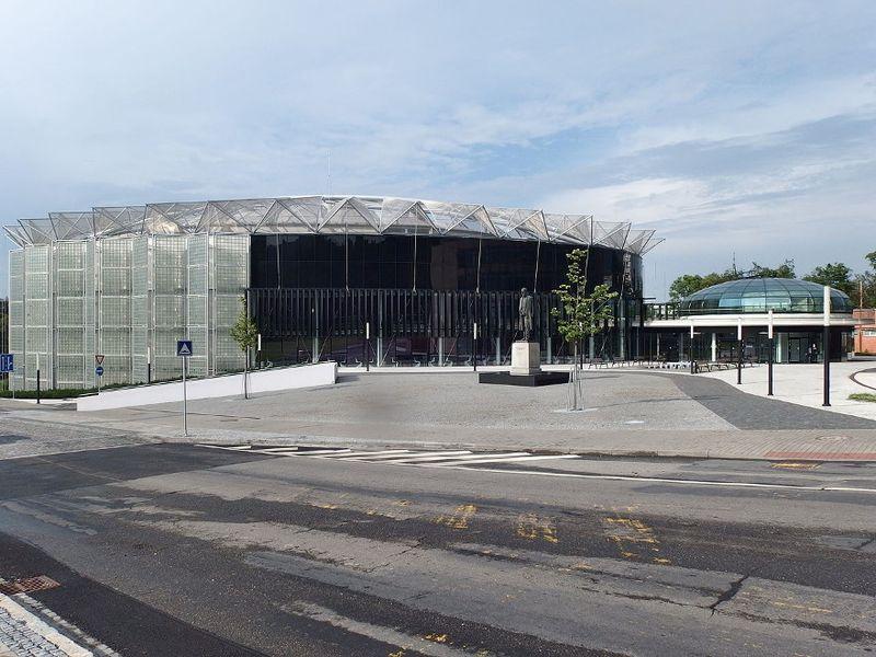 Конгресс-холл в Злине, фото: Palickap CC BY-SA 4.0