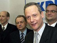 Desde derecha: Miroslav Kalousek, Cyril Svoboda, Jan Kasal y Milan Simonovský (Foto: CTK)