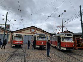 Straßenbahnen vom Typ T2 im Verkehrsmuseum in Prag-Střešovice (Foto: Vojtěch Tomášek, Archiv des Tschechischen Rundfunks)