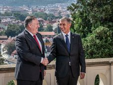 Mike Pompeo and Andrej Babiš, photo: ČTK / Lukas Kabon / Anadolu Agency / ABACAPRESS.COM
