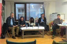 Eine Diskussion zum tschechischen Wahlkampf und der Migrationspolitik (v. l. n. r. Tomáš Samek, Ondřej Císař, Fatima Rahimi, Martin Rozumek und Václav Drozd). Foto: Thomas Oellermann