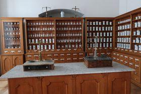 Klášterní lékárna, foto: Martina Schneibergová
