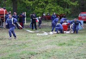 Тренировка пожарных-добровольцев, иллюстративное фото: Барбора Кментова, Чешское радио - Радио Прага
