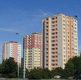 Typische Hochhäuser in Prag-Modřany