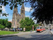 Костел св. Людмилы, площадь Мира, фото: Прокоп Гавел, Чешское Радио