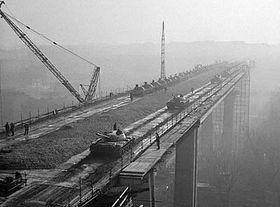 Zatěžkávací zkoušky Nuselského mostu, foto: ČTK