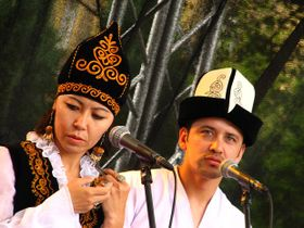 Jagalmay - Gulsara Toktosun with Tashed Farhod, photo: Kristýna Maková