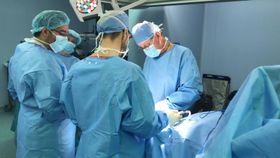 Tým českých ortopedů operuje na misi MEDEVAC, foto: archiv MEDEVAC
