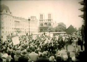 Solidaridad en las calles de París, foto: YouTube