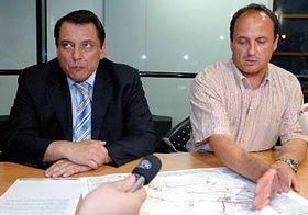 Premiér Jiří Paroubek sVladimírem Tošovským (vpravo), foto: ČTK