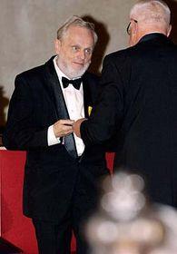 Václav Klaus udělil 28. října  Petru Hájkovi (vlevo) medaily za zásluhy ostát voblasti vědy, foto: ČTK
