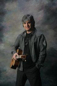 Laurence Juber, photo: Site officiel du festival Kytara napříč žánry