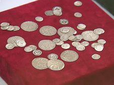 Серебряные монеты, Фото: ЧТ