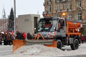 Schneepflug - sněžný pluh (Foto: Superbass, CC BY-SA 3.0)