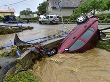 Blitzüberschwemmung in Šumvald (Foto: ČTK / Luděk Peřina)