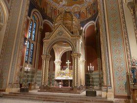 Алтарь костела св. Кирилла и Мефодия на Карлинской площади, Фото: Draceane, CC BY-SA 3.0