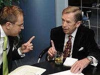 Václav Havel (vpravo) s Václavem Moravcem, foto: ČTK