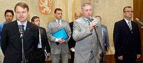 Zleva: Martin Bursík, Mirek Topolánek aMiroslav Kalousek, foto: ČTK