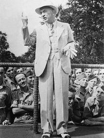 Edvard Beneš: Rede vor den versammelten tschechoslowakischen Soldaten in Großbritannien, foto: ČTK