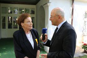 Entrevista a Ludmila Holková para Radio Praga, foto: Archivo de la Embajada de México en Praga