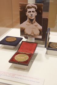Bedřich Šupčík avec sa médaille d'or
