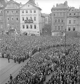Vynucená manifestace českébo lidu pro Říši na Staroměstském náměstí, foto: ČTK