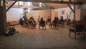 Gruppentherapie in Sananim (Foto: YouTube Kanal von Česká spořitelna)