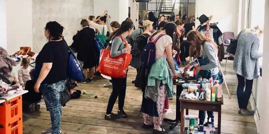 Návštěvníci swapu, foto: Alžběta Němcová