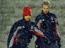 Shevchenko del AC Milán (por la izquierda), foto: CTK