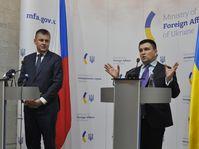 Tomáš Petříček und Pawlo Klimkin (Foto: ČTK / Milan Syruček)
